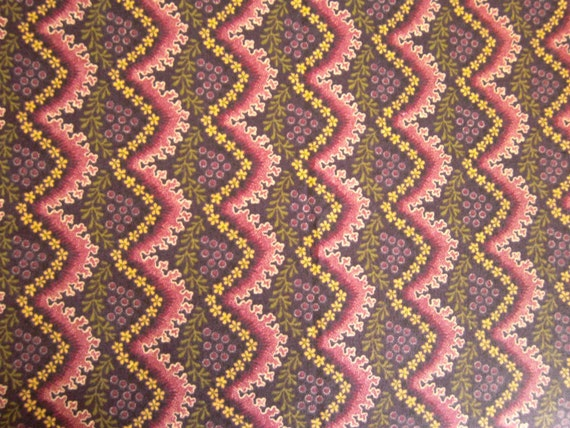 Fat Quarter - Maroon with Flowers - Chevron Pattern
