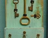 Key Holder Sea Glass Turquoise Vintage Skeleton Keys