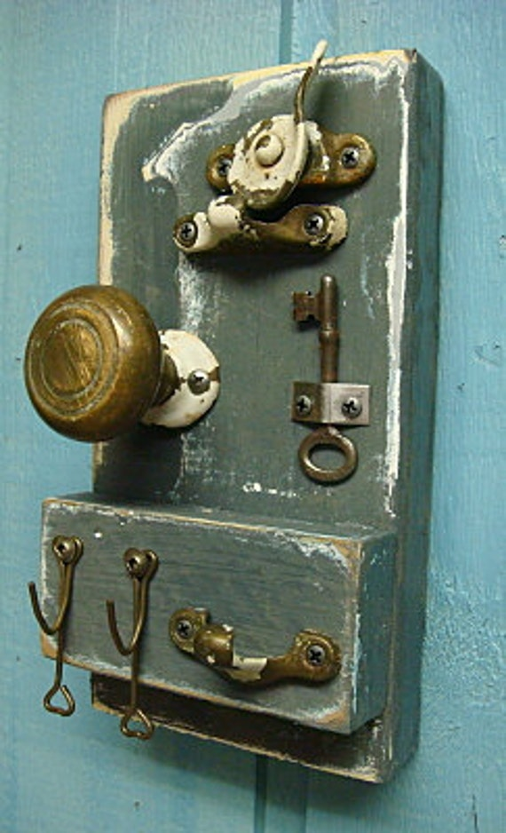 Key Holder Winter Gray, Vintage Brass Door Knob and Keys