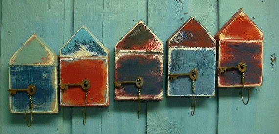 Red and Blue Beach Hut Boat House Key Holders