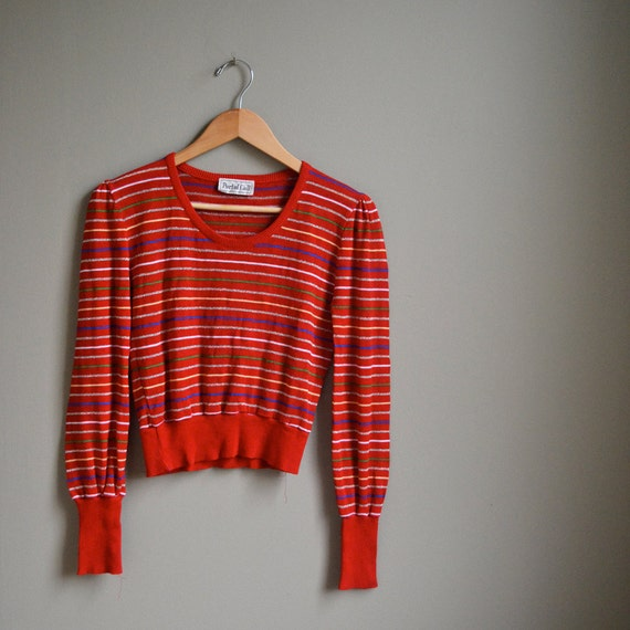 70s red metallic striped cropped sweater / puff sleeve