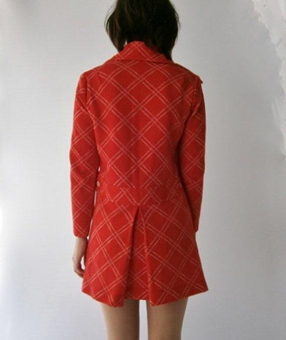1960s Vintage Red and White Long Sleeved Mod Mini Dress  M