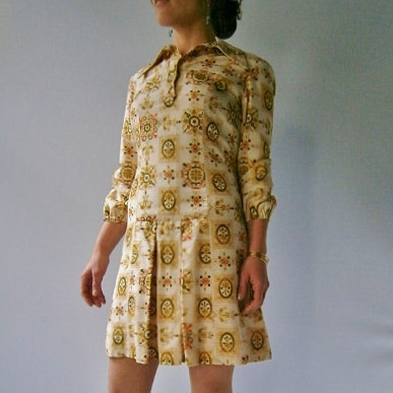 1960s Vintage Silk Blouse Dress with Earth Tone Print size Small to Medium