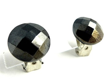 Clip on earrings, faceted hematite color