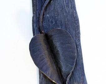 Knock or Leaf  - Organic Elegance:Hand forged Door Knocker