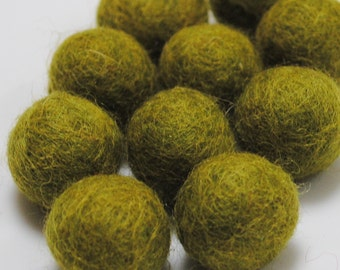 2cm Wool Felt Balls - Pack of 20 - Willow
