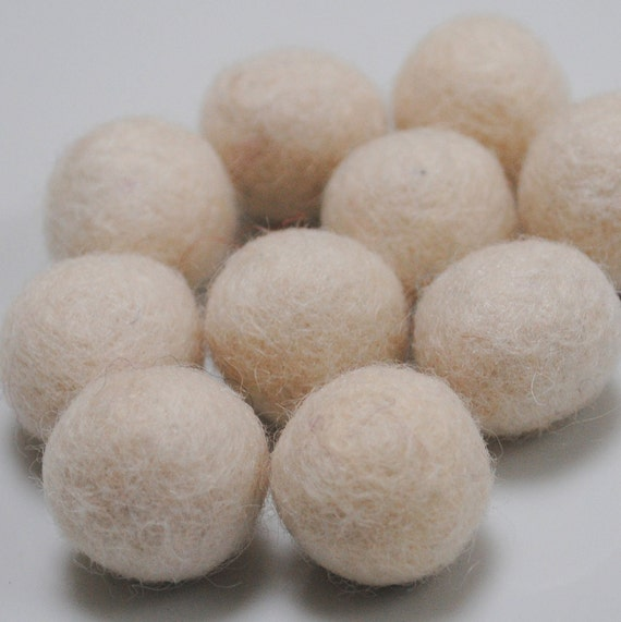 2cm Wool Felt Balls - Pack of 20 - Snow White