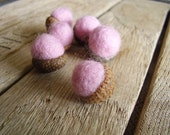Felted wool acorns, set of 6, Pastel Pink, pink wool acorns, needle felted decor for natural autumn girl baby showers, Waldorf children gift