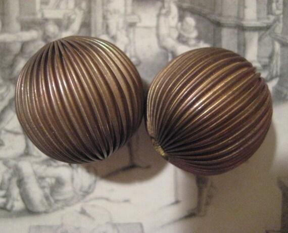 2 Large Older Vintage Hollow Brass Round Corrugated Beads 26mm