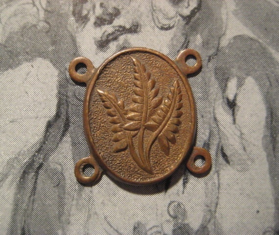 1  Vintage Fern Leaf Design Stamped Brass 4 Ring Connector Finding