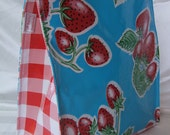Oilcloth Lunch Bag -Strawberry & Red Gingham