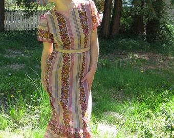 Vintage 70s Buggy Bunny Dress