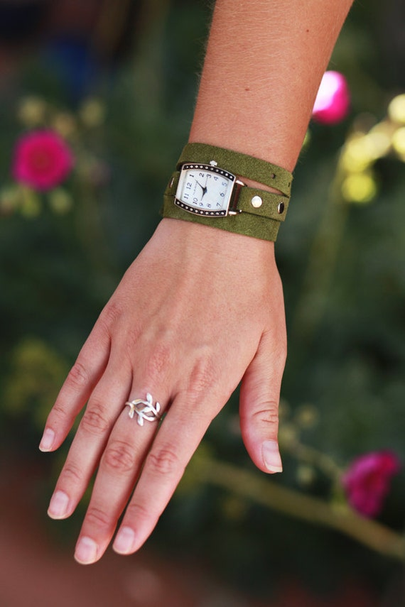Green Recycled leather Wrap Watch