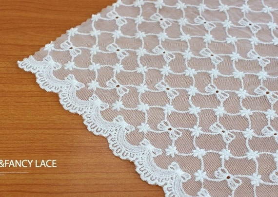 1yard wide embroidered mesh lace  (width 23.5 cm) white 23190