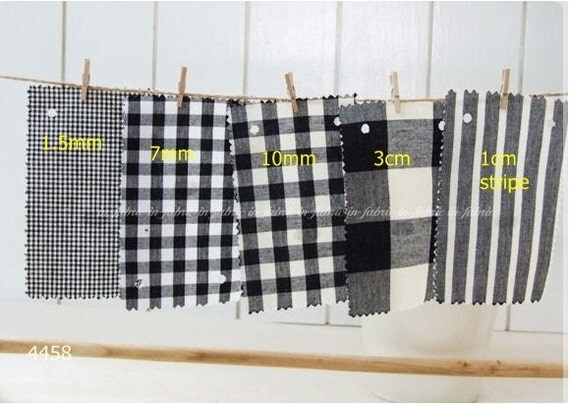 cotton 1yard (44 x 36 inches) 4458 black and white