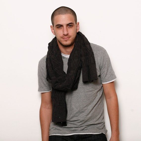 Grey men knitted wool scarf