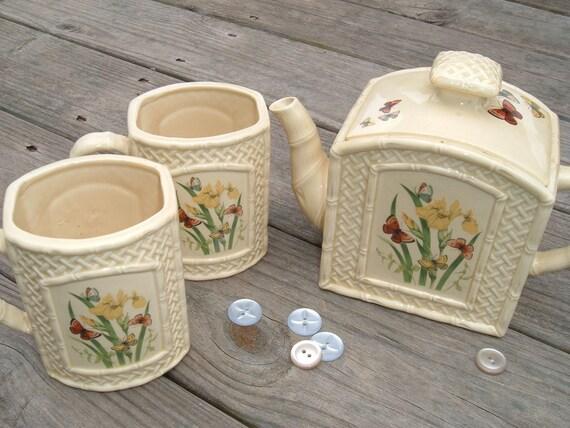 Vintage Enesco Butterfly Garden Trellis 1978 Teapot and Mugs from Japan