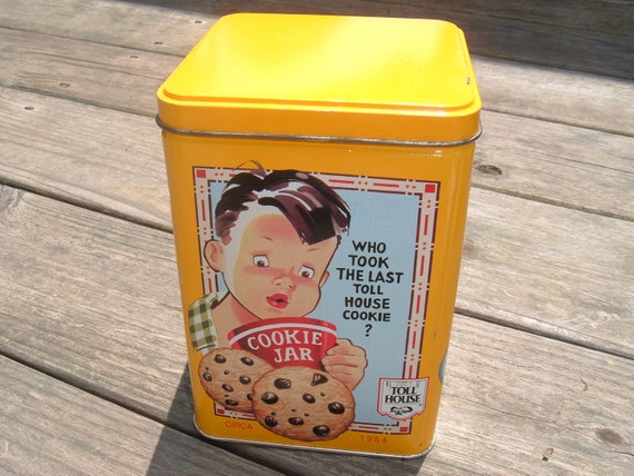 Vintage Nestle Toll House Cookie Tin, Advertising Tin