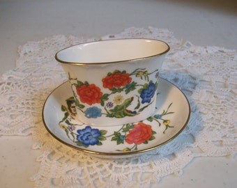 2 Piece Aynsley Famille Rose Oval Ashtray /
