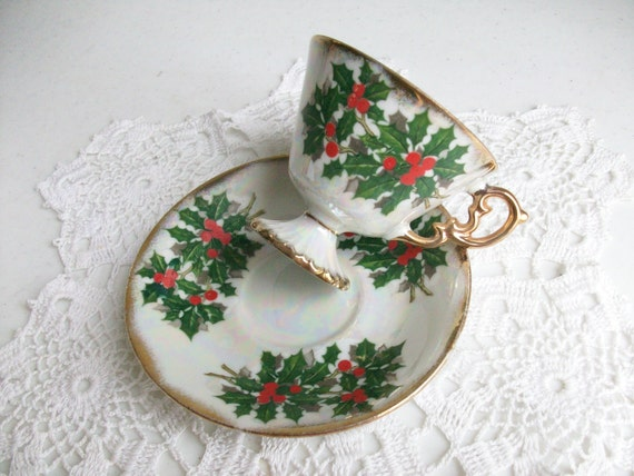 Lovely Pedestal Gold Christmas Floral Holly High Tea Cup and Saucer Red Green