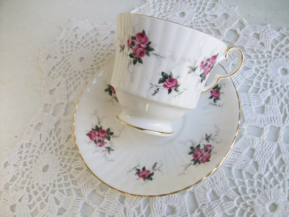 Hammersley Gold Floral Royal High Tea Cup and Saucer Princess House Spode /