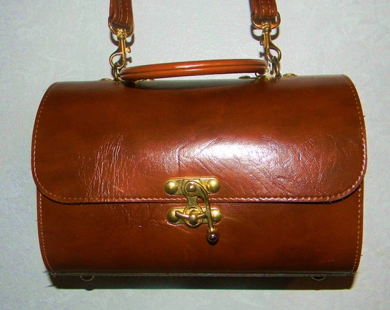 Vintage  Structured  Brown Leather Purse