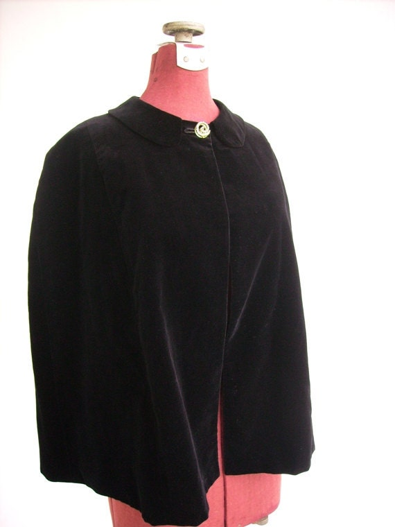 Vintage 50's 60's Cape Capelet Black Velvet Rhinestone Button Formal