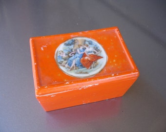 Very cute vintage china dish with lid