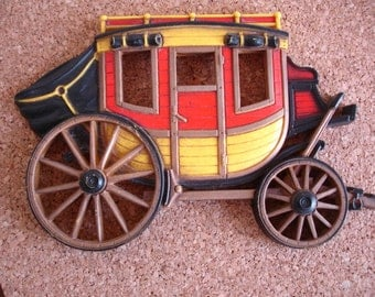 Vintage Stagecoach Wall Hanging Decoration