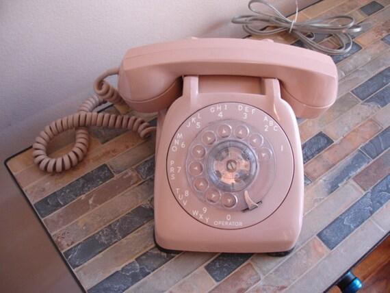 Vintage Rotodial Desk Phone