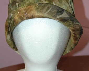Vintage hat- gold/green floral with gold metallic threads