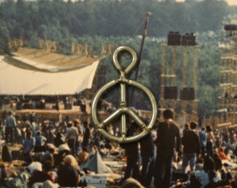 Vintage 1969 MINI Woodstock Fence peace sign earring handcrafted upcycled