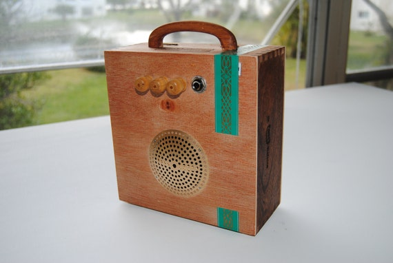"Handcrafted Cigar Box Amplifier / MP3 Speaker ""Green Maduro"" Ready To Ship"