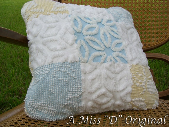Pillow Vintage Chenille Robins Egg Blue Chic