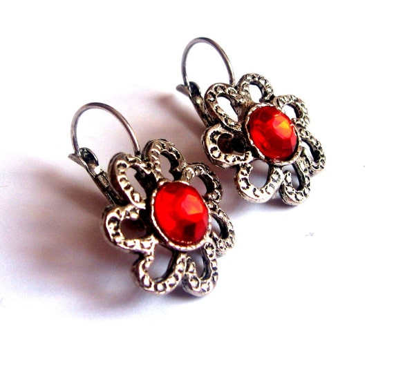 SALE La Marguerite Earrings   /    Red Grand sale  estate style old hollywood cheap gift woman Xmas christmas noel