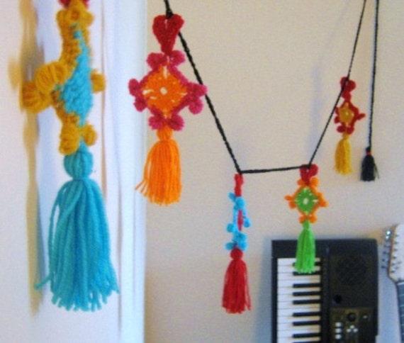 Gypsy Heart Tassel Garland Crochet Pattern Unique Boho Kitschy Funky Cool Garland