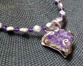 Sparkling  Amethyst Crystal and Pearl Necklace