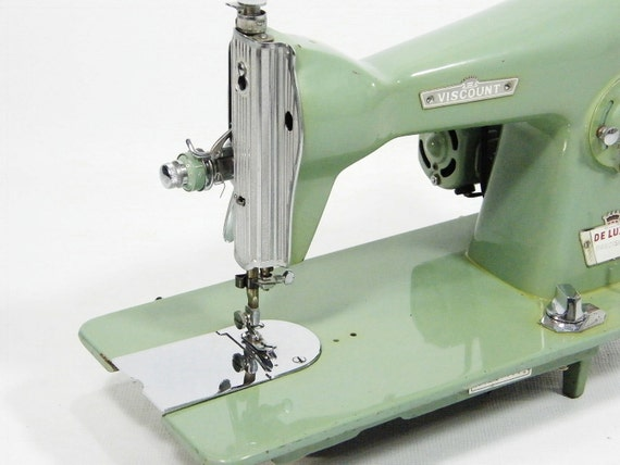 Jade Green Sewing Machine // HEAVY