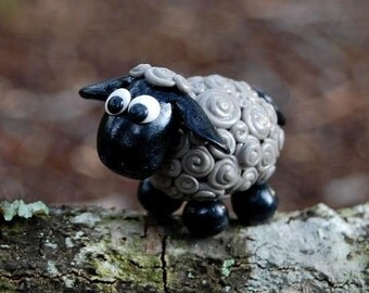 Itsy Bitsy Gray Lamb - Leah the Lamb