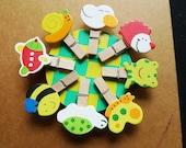 8 pcs wooden paper clips (little animals)