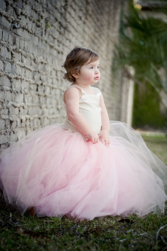 Items similar to Flower girl dress, Vintage Pink, flower ...