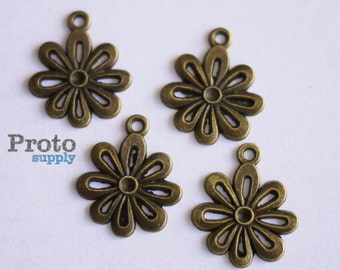 Flower Blossom Antique Bronze Pendant Charm 17mm - 10pcs (0505)