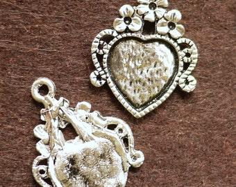 Cameo Base Antique Silver Heart Shaped Cameo Base 19x26mm - 4pcs (0405)