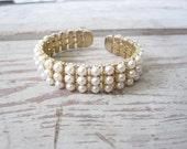 Vintage Flexible Pearl Bracelet
