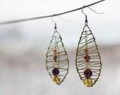 Golden green Leaf earrings