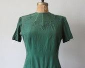 Vintage 1940's Forest Green Blouse with Detailed Neckline