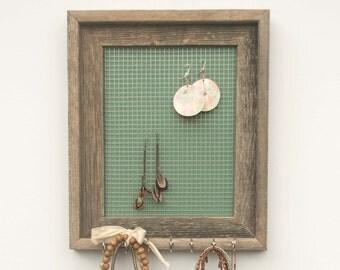 Lake Erie Barnwood Jewelry Holder - Turquoise - 8 x 10