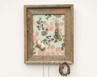 Spring Leaves Jewelry Holder - Pink, Light Blue, & Brown - 8 x 10
