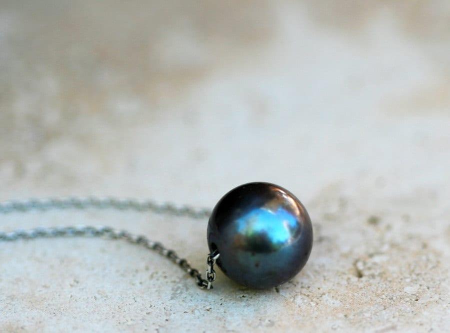 black pearl necklace silver necklace with sliding freshwater. Black Bedroom Furniture Sets. Home Design Ideas