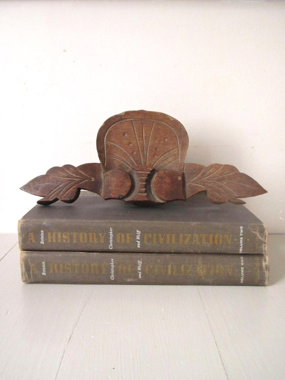 Vintage Wooden Salvage Carved Decor- Wall Hanging- Display- Art Deco- Architectural Piece- Leaves